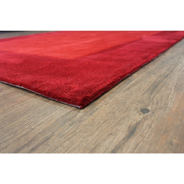 "Tone-on-Tone Solid Red Area Rug (7'6 x 10'3) - 7'6"" x 10'6"""
