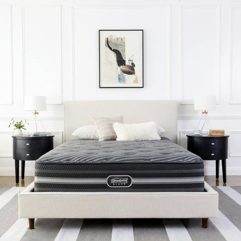 Beautyrest Black Desiree 13-inch Plush King-size Mattress Set - N/A