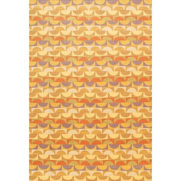eCarpetGallery Lahor Hand-made Beige/Orange Wool Sumak (5'6 x 8'0)