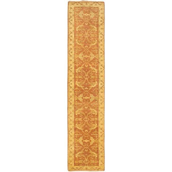 eCarpetGallery Royal Ushak Hand-knotted Beige Wool Rug (2'7 x 11'9)