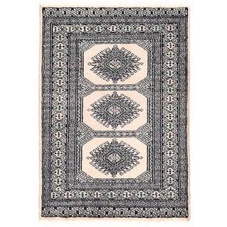 Herat Oriental Pakistani Hand-knotted Bokhara Ivory/ Gray Wool Rug (2'2 x 3')