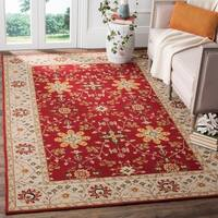 Safavieh Hand-hooked Easy to Care Red/ Ivory Rug - 6' x 9'