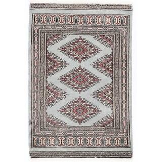 Herat Oriental Pakistani Hand-knotted Bokhara Gray/ Beige Wool Rug (2'1 x 3'2)