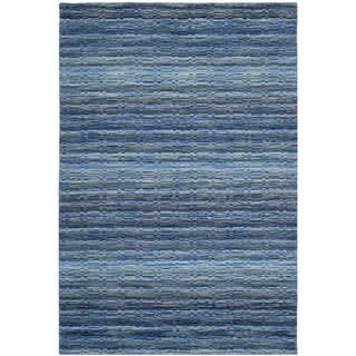 Safavieh Handmade Himalaya Blue/ Multicolored Wool Stripe Runner Rug (2'3 x 4') - 2'3 x 4'