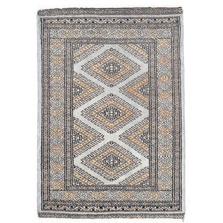 Herat Oriental Pakistani Hand-knotted Bokhara Gray/ Brown Wool Rug (2'1 x 3')