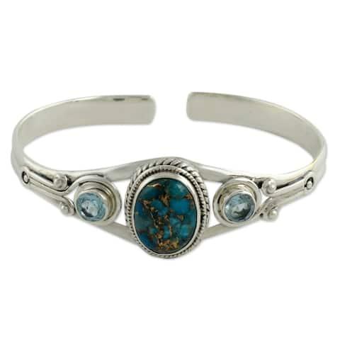 Handmade Sterling Silver Azure Heavens Topaz Turquoise Bracelet (India) - Blue