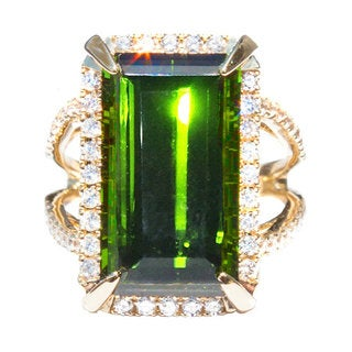 California Girl Jewelry 18k Yellow Gold Green Tourmaline and Diamond Accent Ring (Size 6.5)