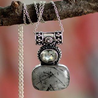 Handmade Sterling Silver 'Splendid Light' Quartz Prasiolite Necklace (India)