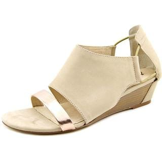 Matisse Women's Port Tan Nubuck Wedge Sandals