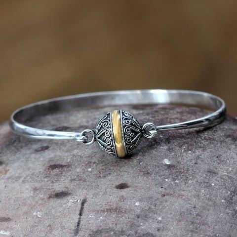 "Handmade Lunar Orbit Sterling Silver Bracelet (Indonesia) - 7'6"" x 9'6"""