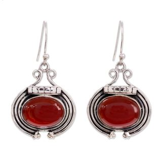 Handcrafted Sterling Silver 'Desire' Carnelian Earrings (India)
