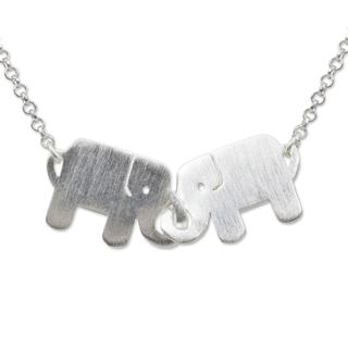 Handcrafted Sterling Silver 'Elephant Friendship' Necklace (Thailand)