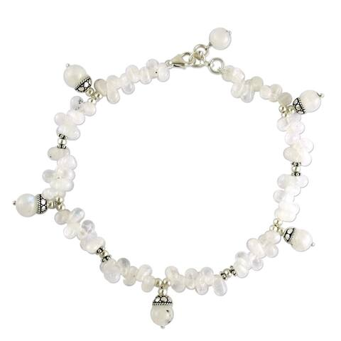 Handmade Sterling Silver 'Mystic' Rainbow Moonstone Anklet (India)