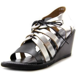 Matisse Women's Begin Black Leather Sandals