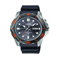 Casio Men's MTD-1080-8AVCF Super Illuminator Diver Analog Display Quartz Black Watch