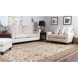 Somette Hand-knotted Isfahan Beige Oriental Wool Rectangular Area Rug (10' x 14')