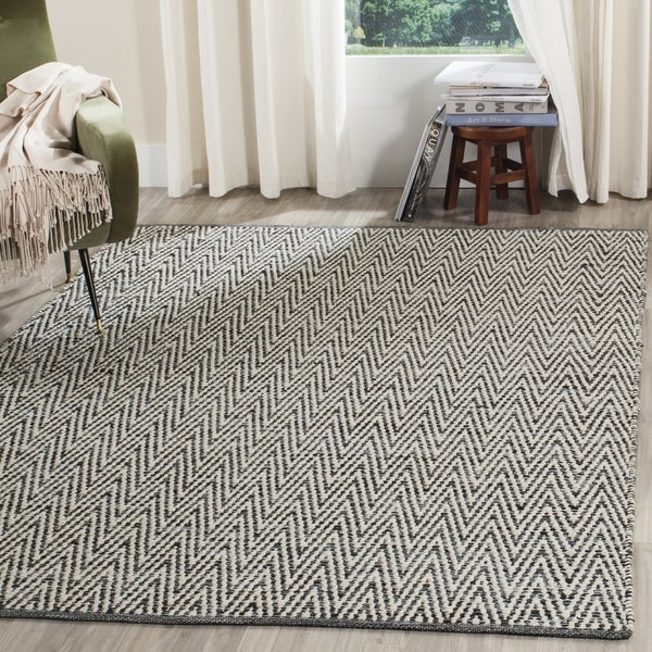 Safavieh Hand-Woven Montauk Ivory/ Dark Grey Cotton Rug - 8' x 10'
