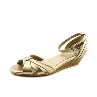 Giani Bernini Women's Reeo Gold Faux-leather Wedge Sandals