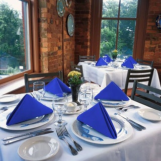 Set of 8 Solid Color Polyester Napkins