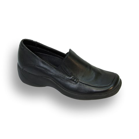 24 HOUR COMFORT Riley Women Extra Wide Width Leather Step-in Loafer