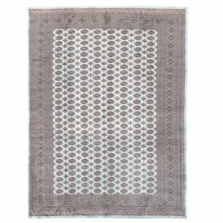Handmade Herat Oriental Pakistani Bokhara Wool Rug - 10' x 13'9 (Pakistan)