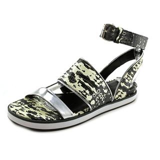 Pour La Victoire Women's Sabina Black Animal Print Sandals