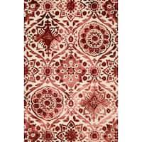 Hand-hooked Bella Wine Wool Rug (5'0 x 7'6) - 5' x 7'6