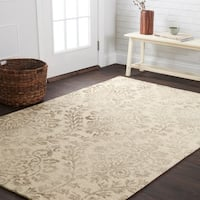 Hand-hooked Bella Stone Wool Rug (5'0 x 7'6)