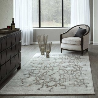 Hand-Tufted Kelsey Natural Viscose Rug (2'3 x 8')