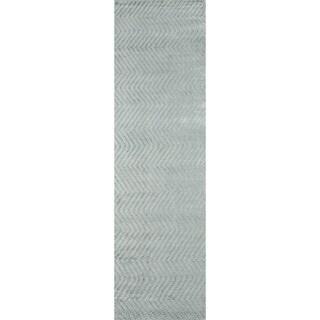 """Momeni Fresco Hand-Loomed Viscose Runner Rug - 2'3"""" x 8'"""