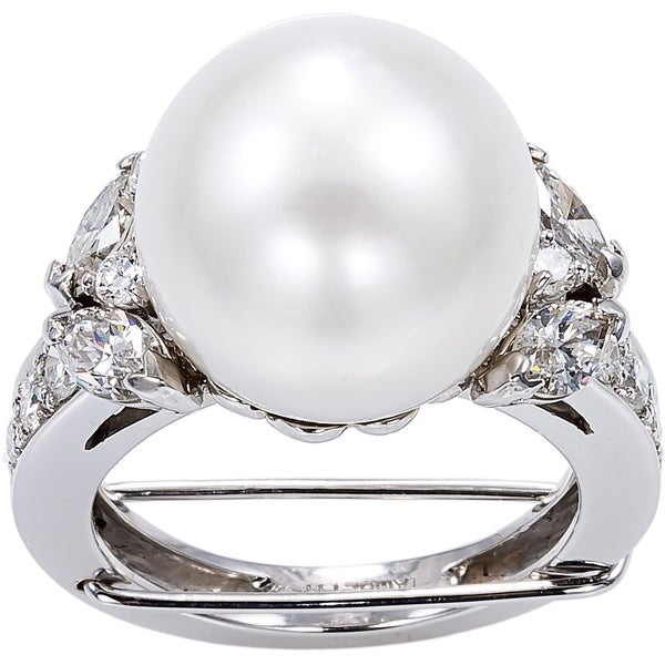 18K White Gold 2ct TDW Pearl and Diamonds Cocktail Ring (G-H, VS1-VS2)
