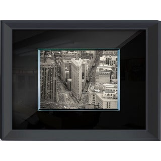 Benjamin Parker 'Flat Iron' 24-inch x 32-inch Tempered Glass Wall Art
