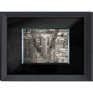 Benjamin Parker 'Flat Iron' 24-inch x 32-inch Tempered Glass Wall Art