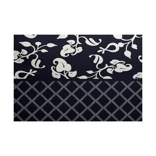 Scroll Dot Floral Print Indoor/ Outdoor Rug (5' x 7')