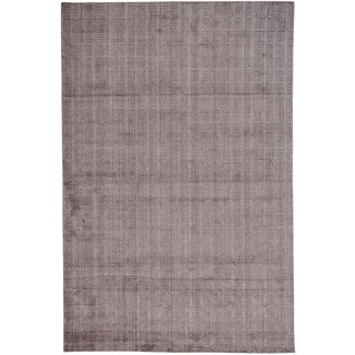 Purple Wool and Bamboo Silk Tone on Tone Hand Loomed Rug (6' x 9'2)