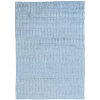 Wool and Viscose from Bamboo Silk Tone on Tone Hand Loomed Rug (5' x 7')