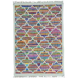 Multicolor Handmade Cotton and Sari Silk Multicolored Kilim Rug (4'10 x 7'2)