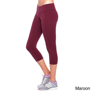 NikiBiki Activewear Basic Nylon and Spandex Capri Leggings
