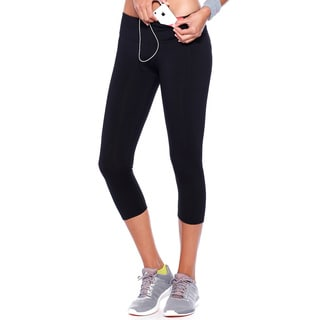 NikiBiki Activewear Basic Nylon and Spandex Capri Leggings