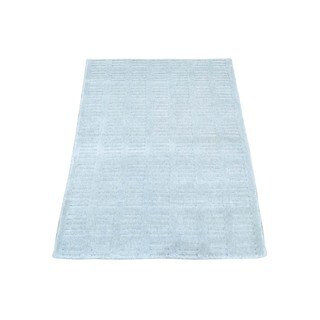 Tone on Tone Ivory Wool and Viscose from Bamboo Silk Hand-loomed Rug (2' x 3')
