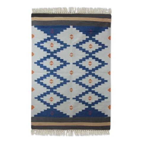 Handmade Wool 'Blue Light' Dhurrie Rug - 4' x 6' (India)