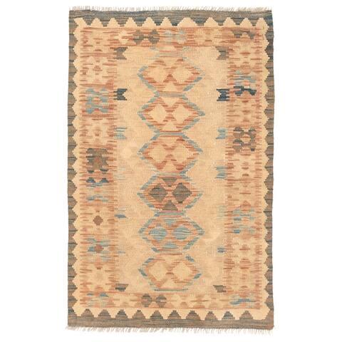 Handmade One-of-a-Kind Wool Mimana Kilim Rug (Afghanistan) - 2'8 x 4'2