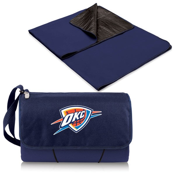 Picnic Time Oklahoma City Thunder Polyester/Plastic Blanket Tote