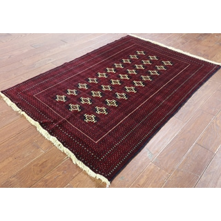 Hand-Knotted Oriental Persian Bokhara Red Wool Rug (3'10 x 5'8)