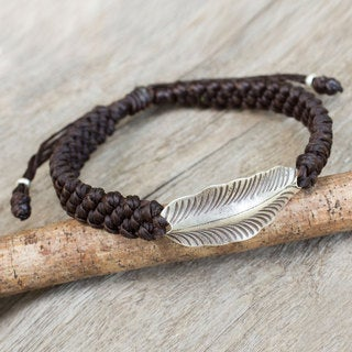 Handcrafted Silver 'Dark Brown Hill Tribe Dream' Bracelet (Thailand)