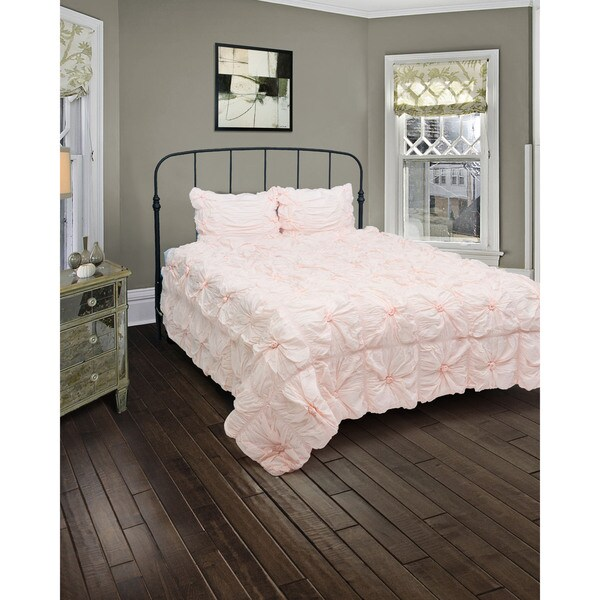 Rizzy Home Plush Dreams 3-piece Comforter Set - King (As Is Item). Opens flyout.