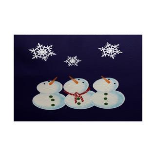 3 Wise Snowmen Geometric Print Indoor/ Outdoor Rug (2' x 3')