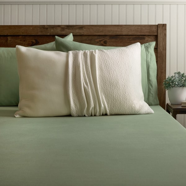 Shredded Gel Memory Foam Jumbo-size Pillow