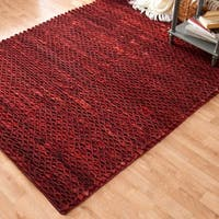 Hand-woven Prince Red Felted Wool Rug (5'0 x 7'6) - 5' x 7'6""