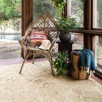 Hand-hooked Beige Floral Damask Wool Area Rug - 9'3 x 13'